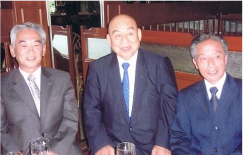 池口恵観がよど号事件の容疑者と対談した際の写真