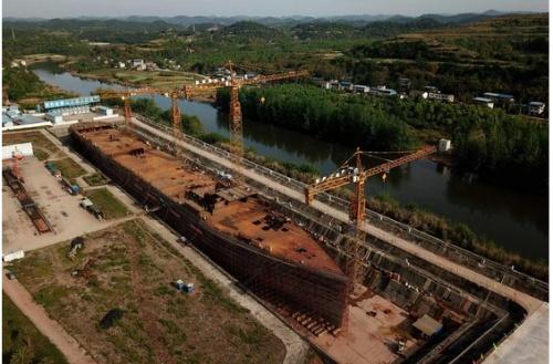 中国四川省で建設中のタイタニック号レプリカ